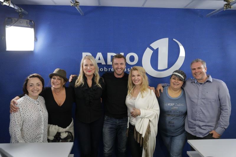 Anja, Zvezdana, Salome, Denis, Helena, Urška in Miha