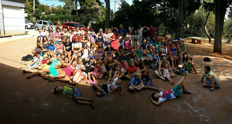 Obiskali smo otroke v Zambratiji.