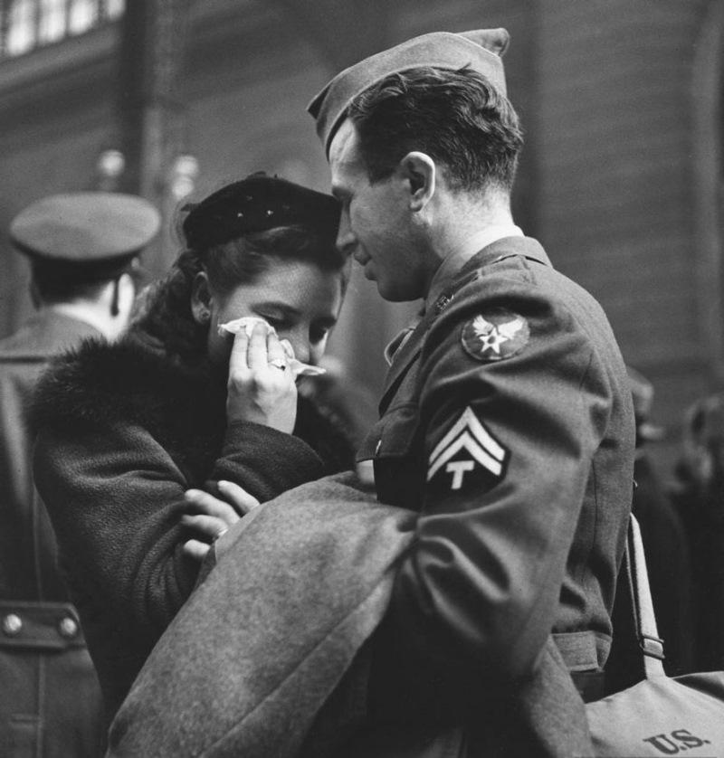 Solze ob slovesu. Penn Station, 1943