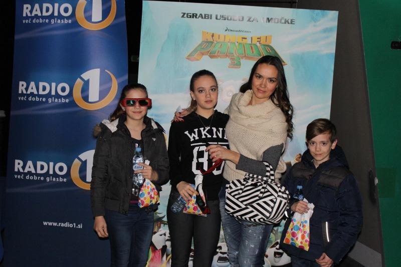 Alenka Košir z otroki